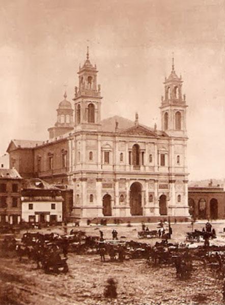Varsovie. Eglise de Tous les Saints, place Grzybowski. XIXe siècle.