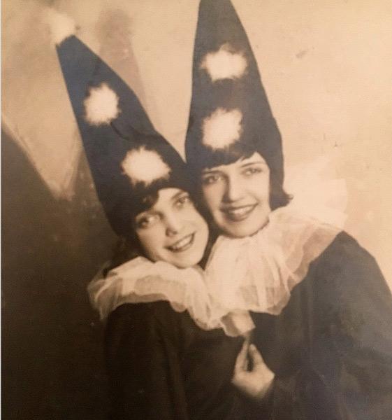 Kalina Miller (à g.). Avant 1939.